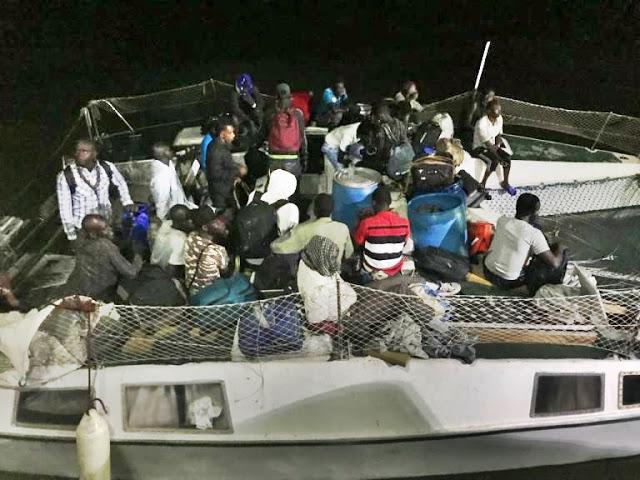 Resultado de imagem para 25 imigrantes resgatados no maranhão