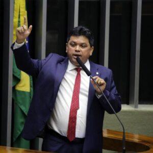 Marcio Jerry diz que manifestação dos governadores é importante na defesa de uma relação institucional respeitosa entre os entes federados